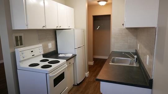 10235 123 Street NW, Edmonton, AB - $825