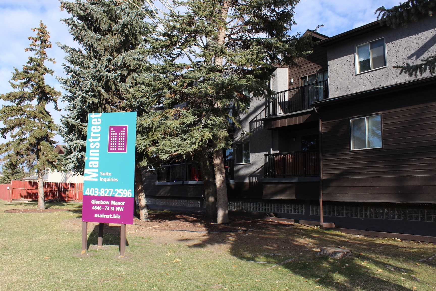 4646 73 Street NW - 1099CAD / month