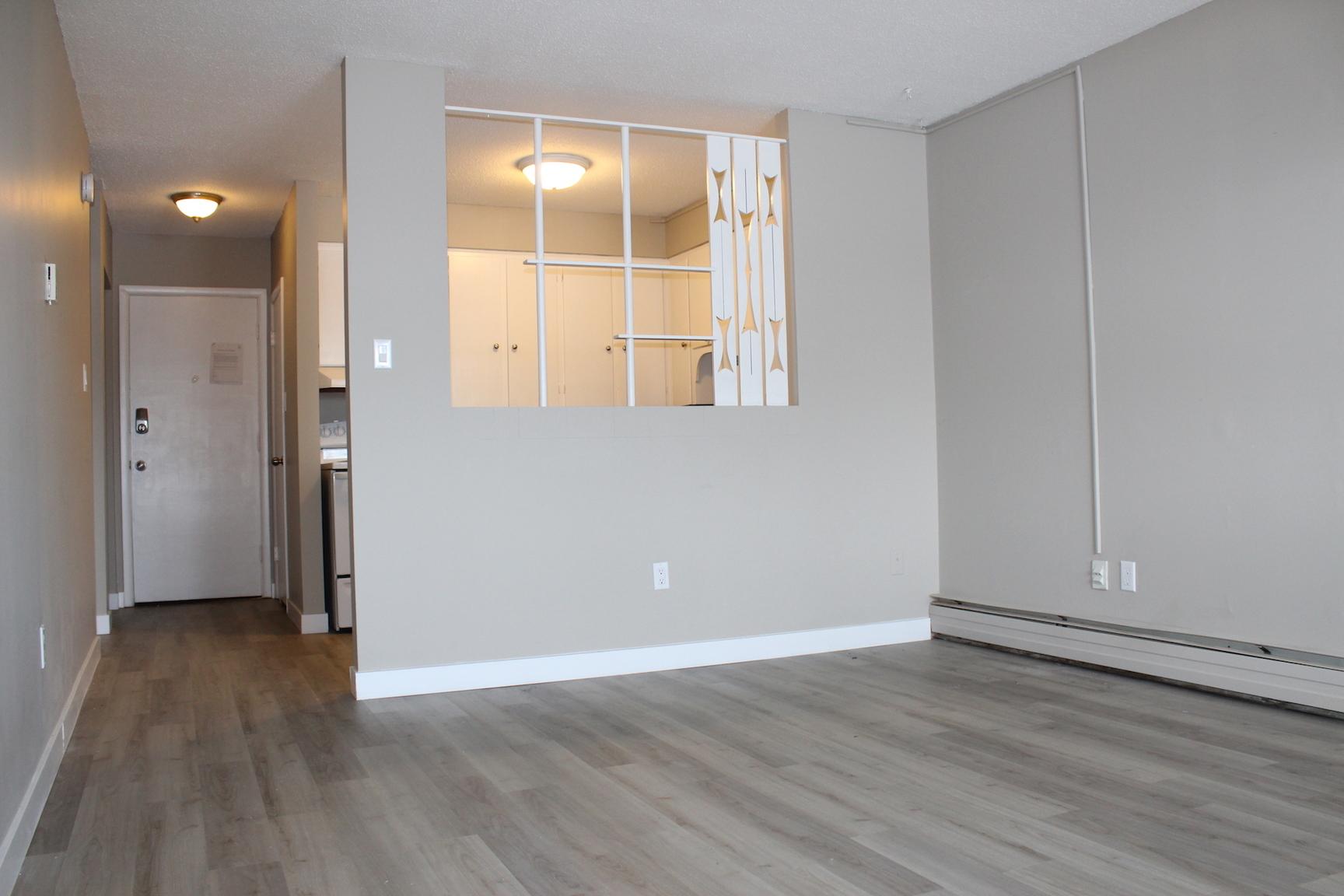 4100 Retallack Street, Regina, SK - $799