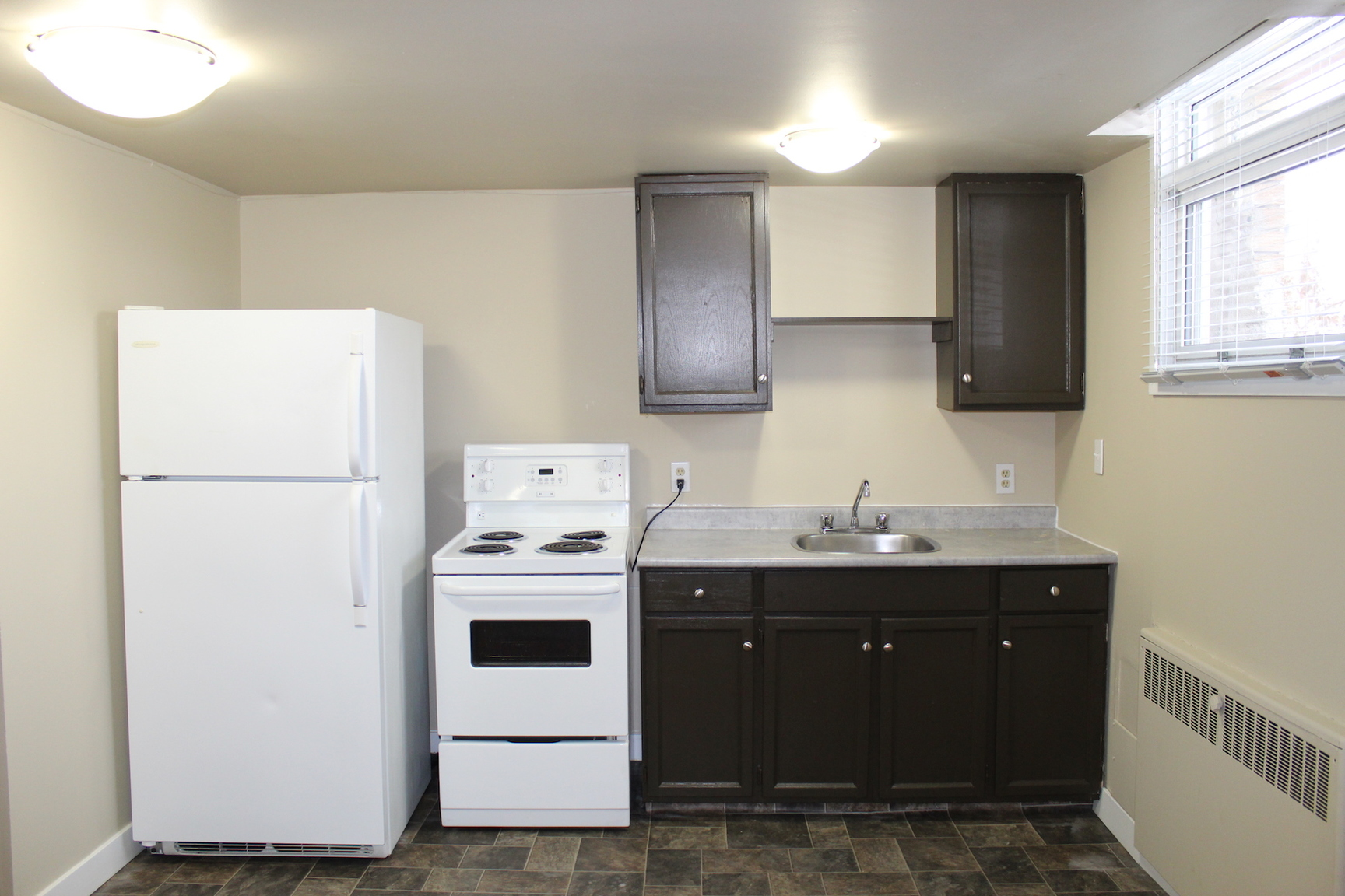 2619 17A St SW, Calgary, AB - $875 CAD/ month