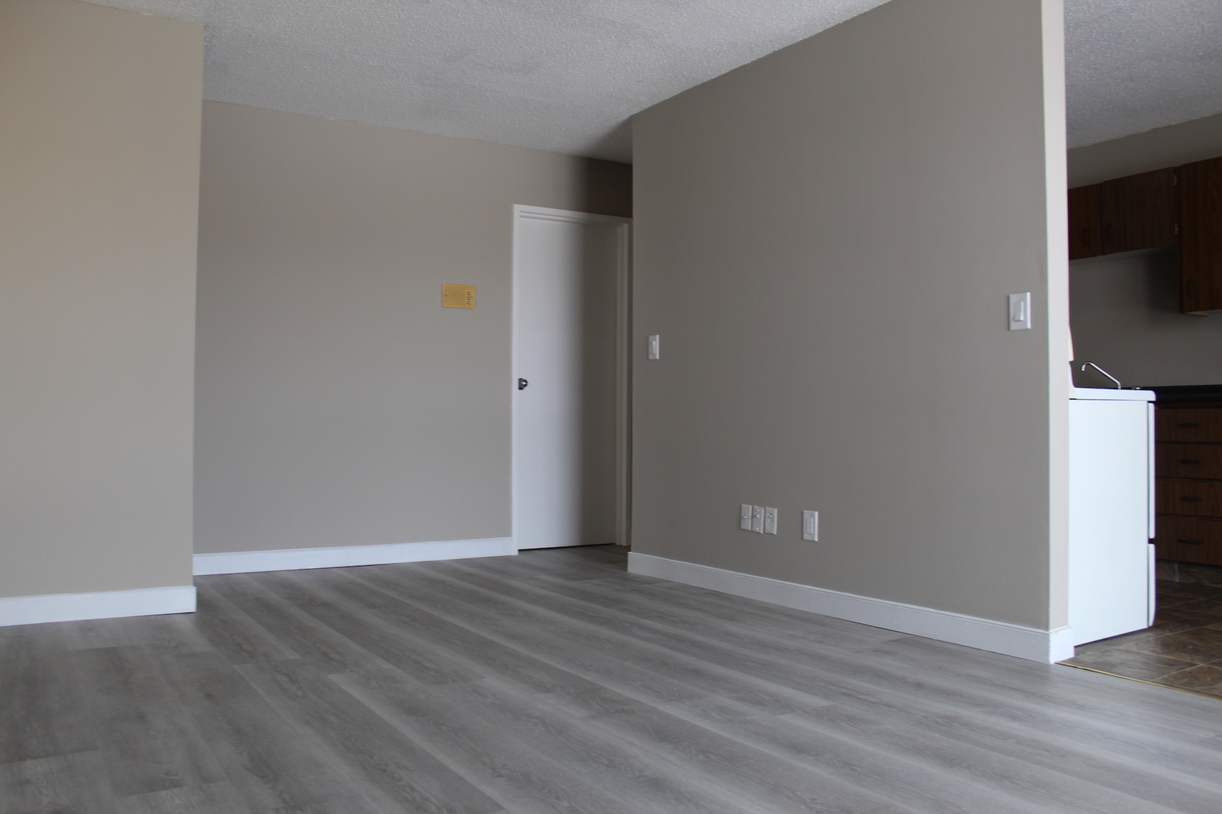 3 Kleisinger Crescent, Regina, SK - $964