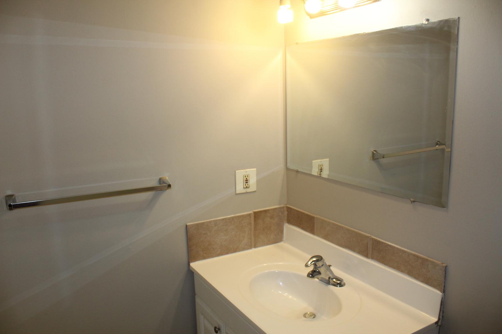 11920 82 Street NW, Edmonton, AB - $1,275 CAD/ month