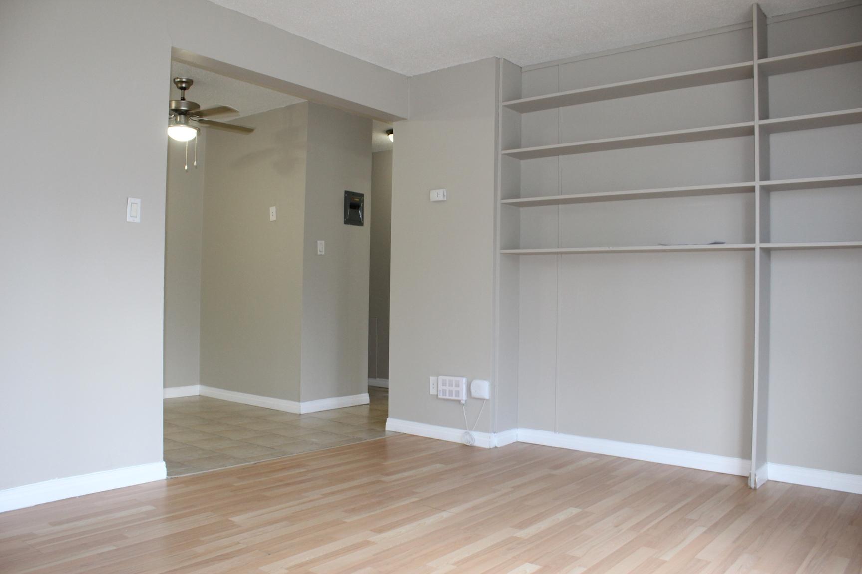 10721 117 Street NW, Edmonton, AB - $975