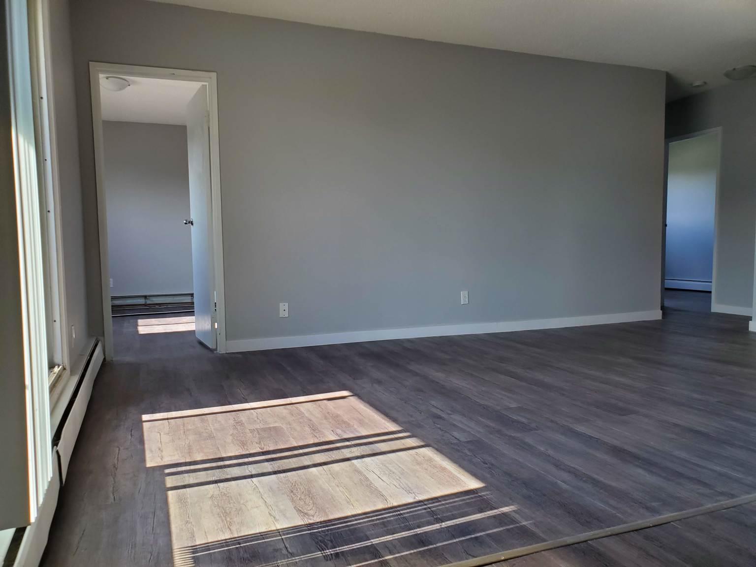 710 Appleby Dr, Saskatoon, SK - $875