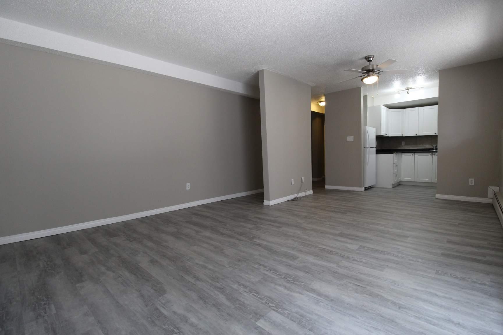 16404 115 Street NW, Edmonton, AB - $899