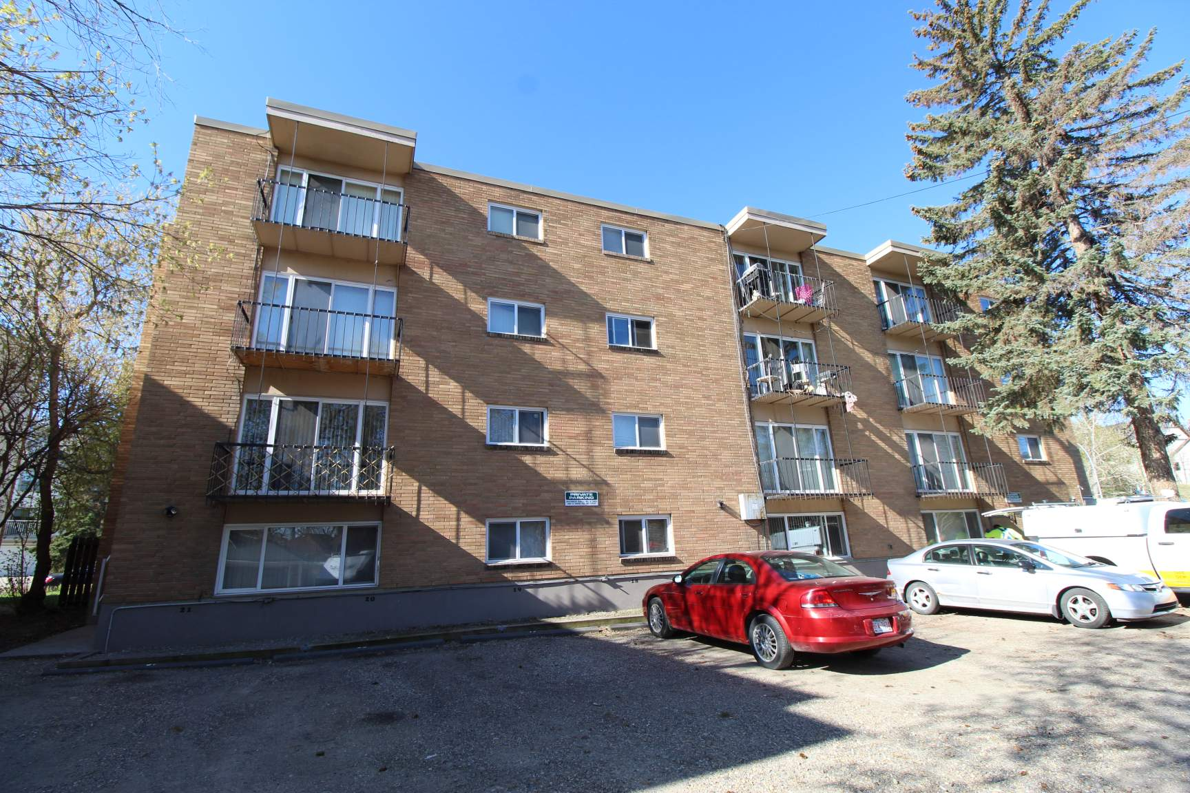 1624 16 Ave SW, Calgary, AB - 999 CAD/ month