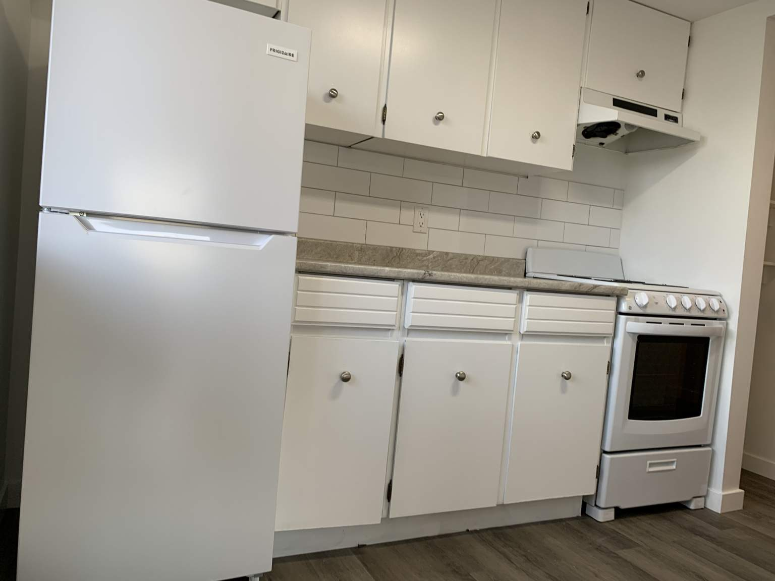 196 Yew St, Kamloops, BC - 1,550 CAD/ month