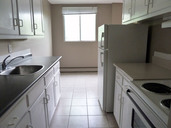 1497640184_10-31-2014_1744Calgary-apartments-North-Hill-4.jpg