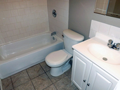 1497640936_02-03-2016_1507Saskatoon-apartments-Capricorn-bathroom-web.jpg