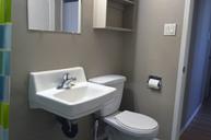 1497641461_03-30-2016_1140apartments-for-rent-Saskatoon-Laurentian-bathroom2-web.jpg