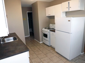 1497642015_02-03-2016_1527Saskatoon-apartments-Park-kitchen-web.jpg