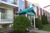 1497642784_11-03-2014_1532Edmonton-apartments-Wellington.jpg