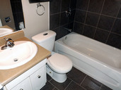 1497642991_03-08-2016_1124edmonton-apartments-for-rent-Washington-bathroom-web.jpg