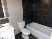 1497643621_03-08-2016_1104edmonton-apartments-for-rent-Seventh-bathroom-web.jpg