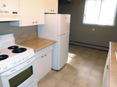 1497643732_03-08-2016_1056edmonton-apartments-for-rent-Salem-kitchen5-web.jpg