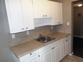 1497643737_03-08-2016_1056edmonton-apartments-for-rent-Salem-kitchen3-web.jpg