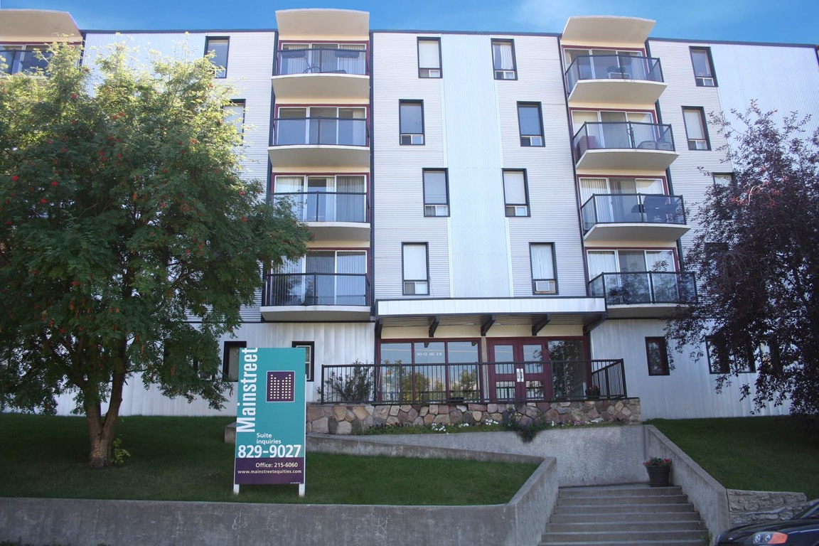 Calgary South West 3 bedroom Apartment