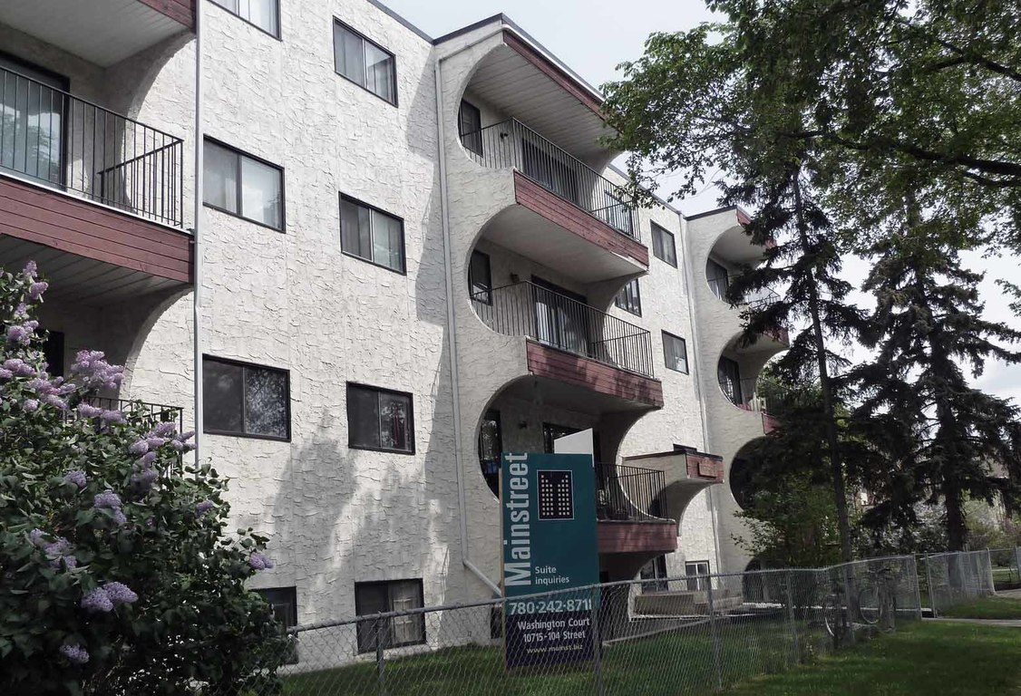 Edmonton West Apartment For Rent