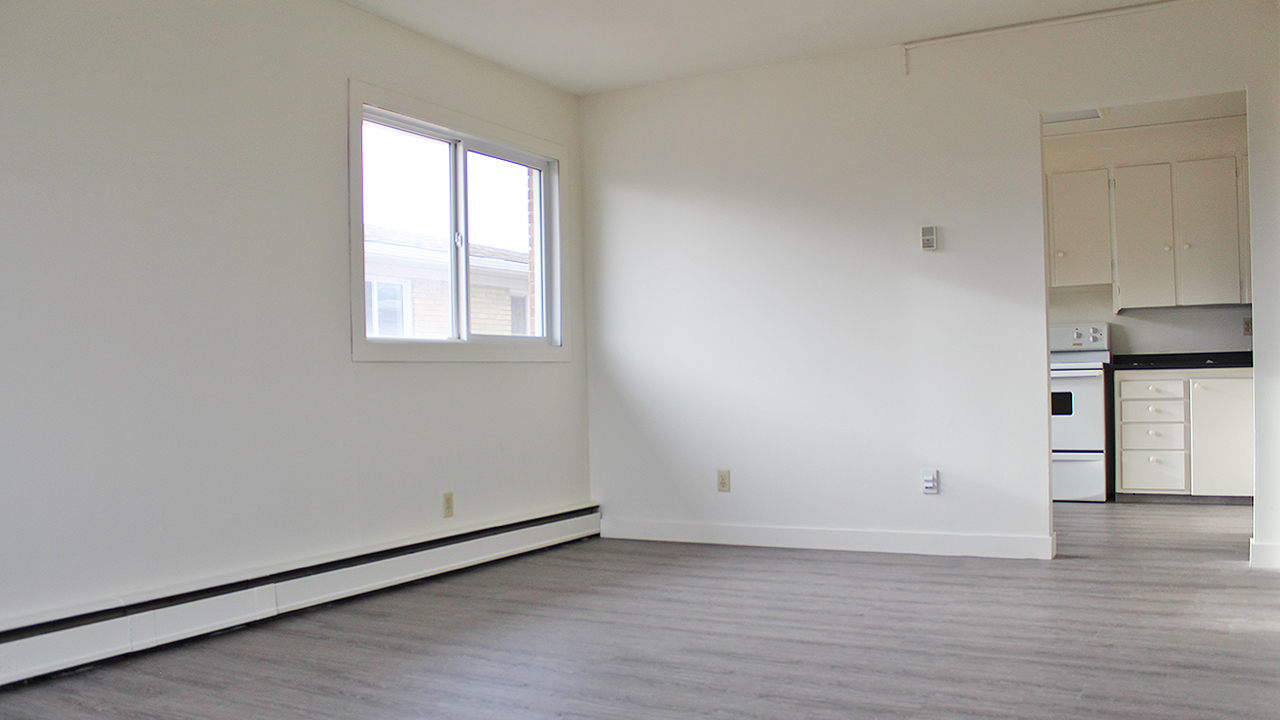 Regina South Apartment