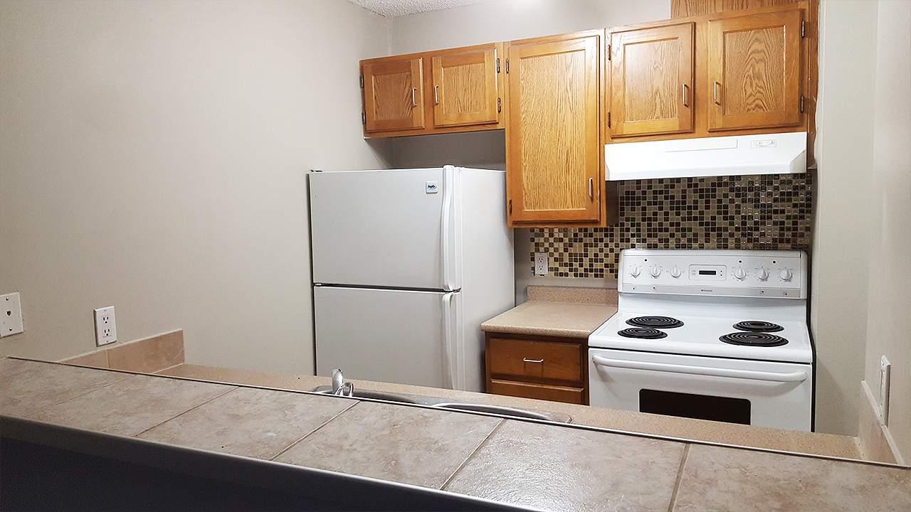 1576520982_bach_kitchen_2.jpg