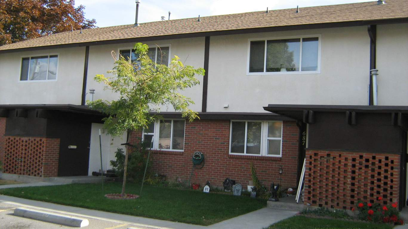Kamloops Townhouse for rent, click for more details...