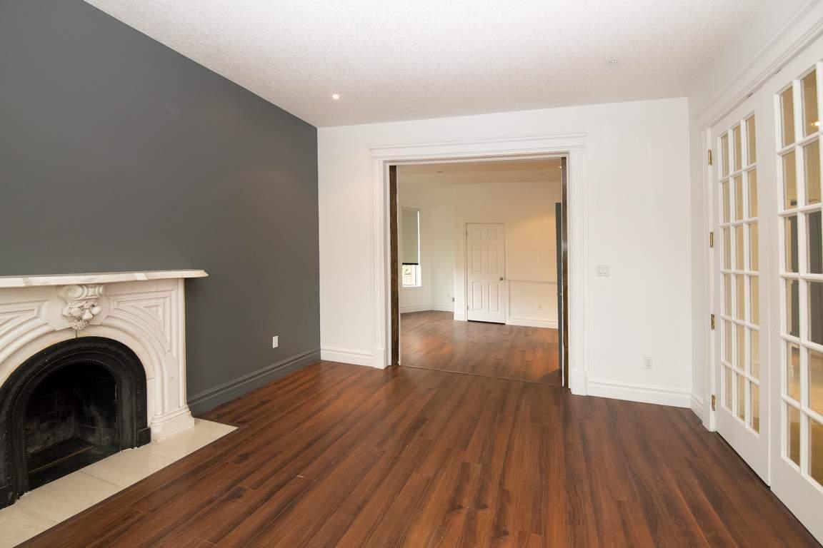 887 Richmond Main Floor