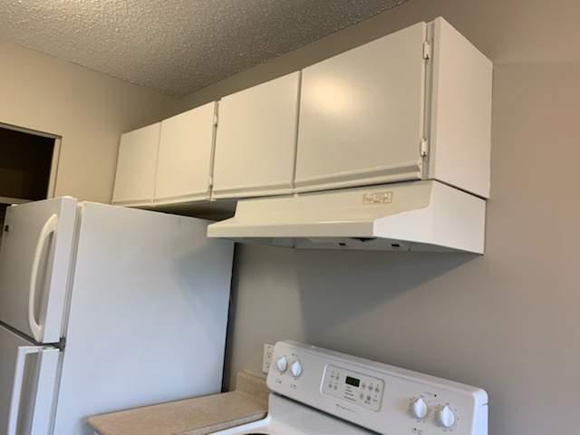 #213 Kitchen 2