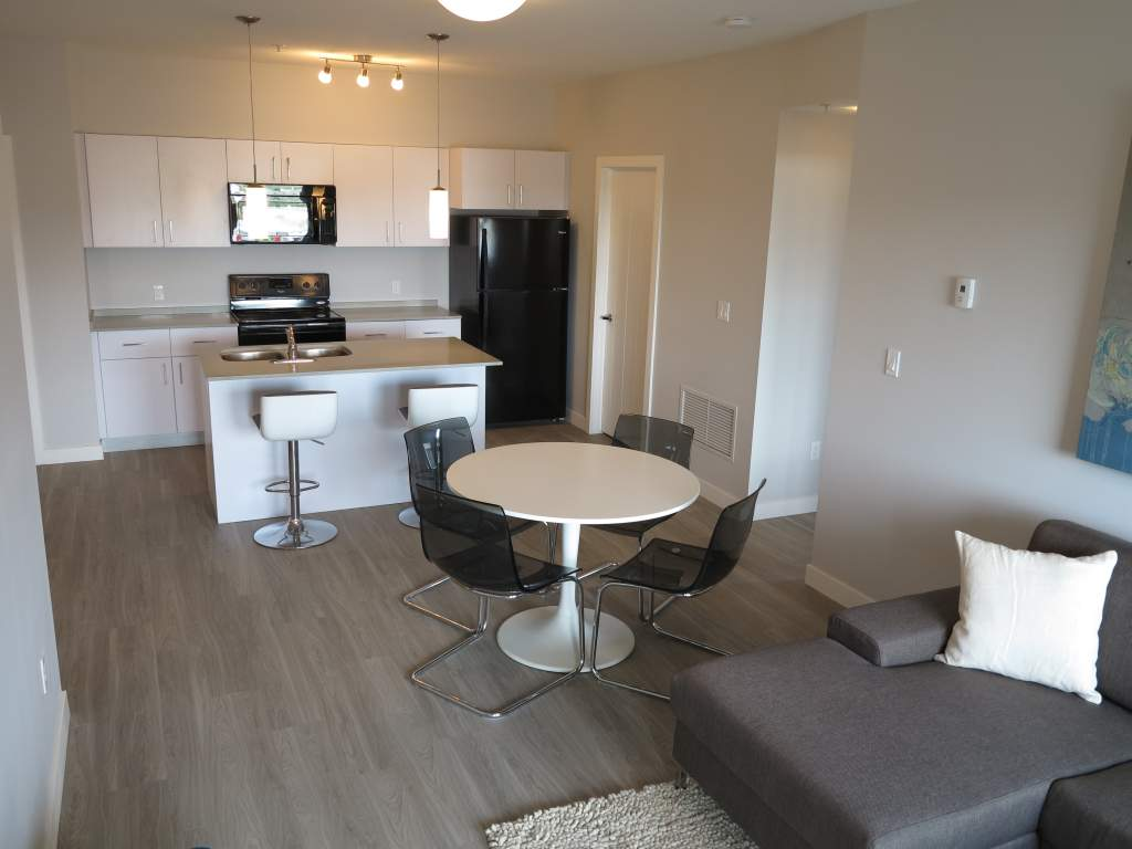 Fort Saskatchewan Alberta Apartment for rent, click for details...