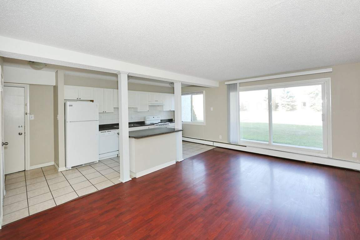 Edmonton West 2 bedroom Apartment For Rent