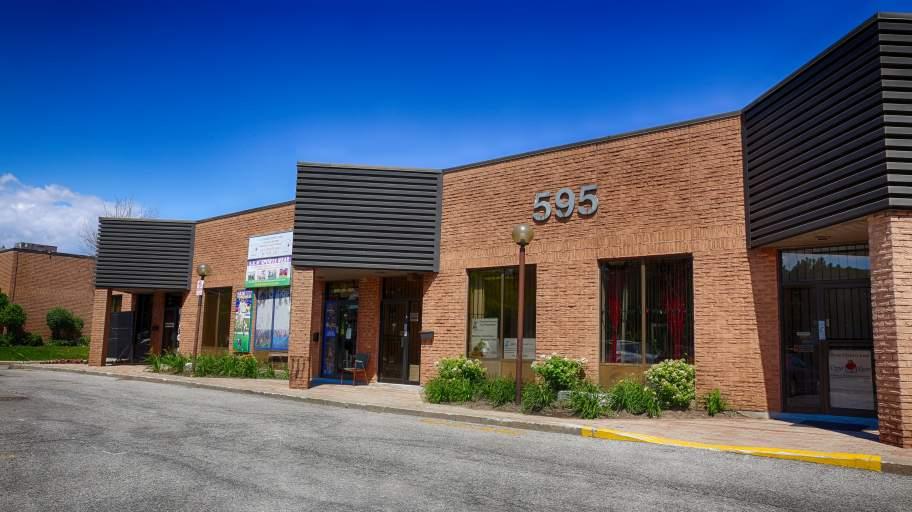 595 Middlefield Rd
