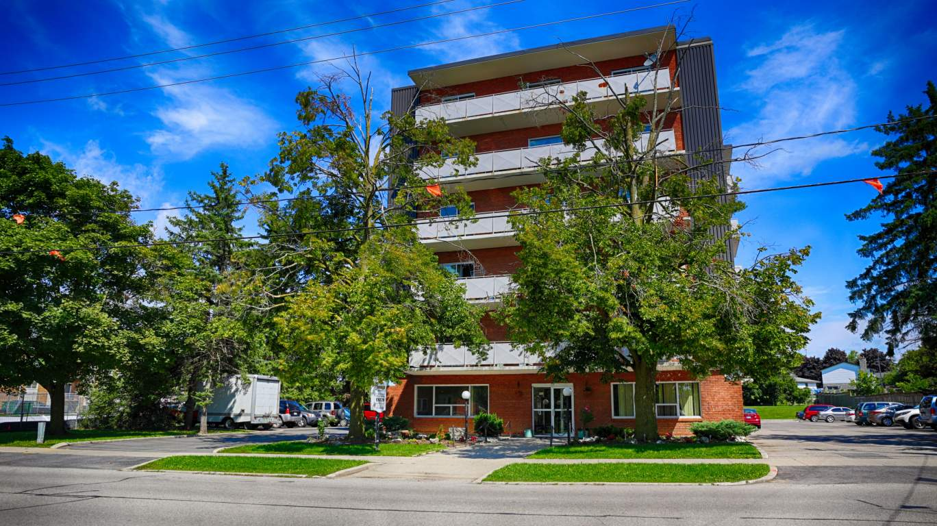 Kitchener West 1 bedroom Apartment