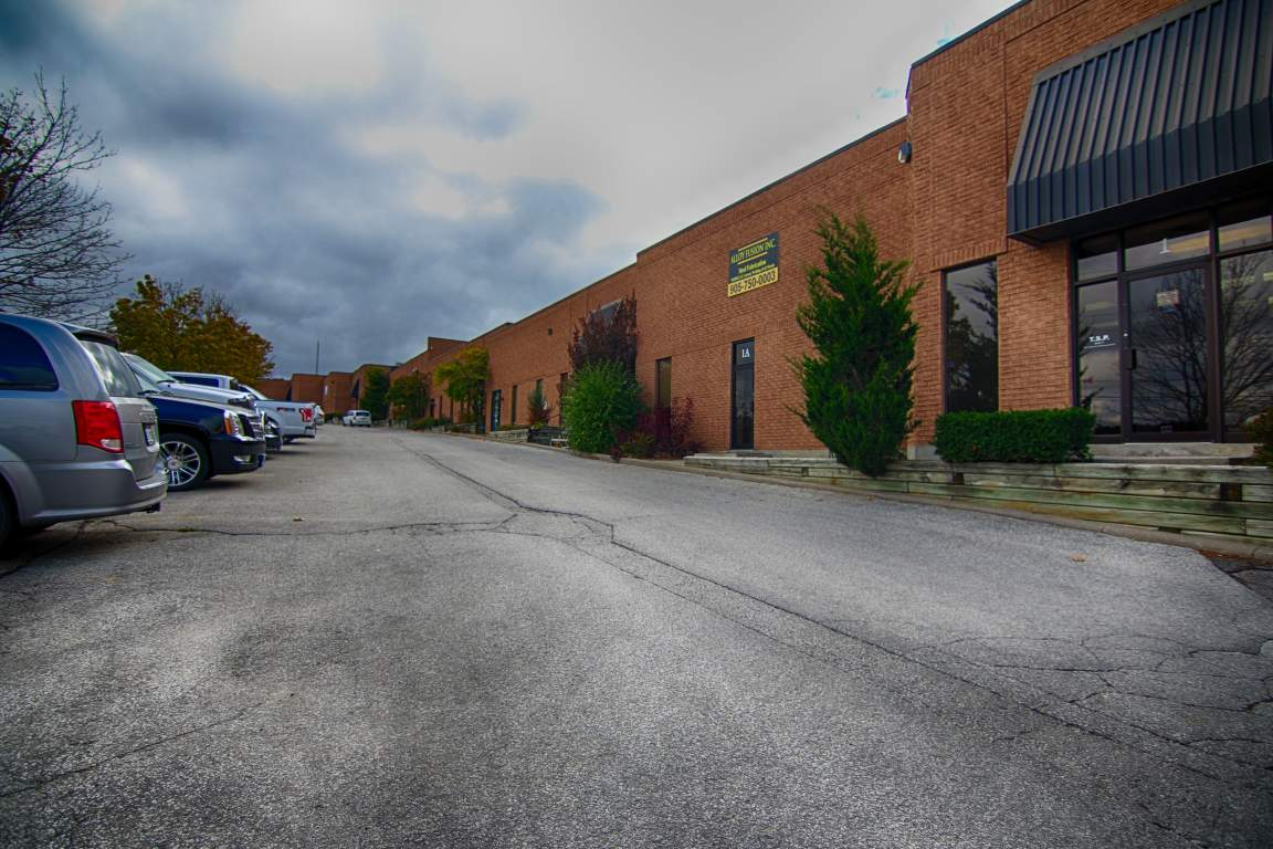 226 Industrial Pkwy