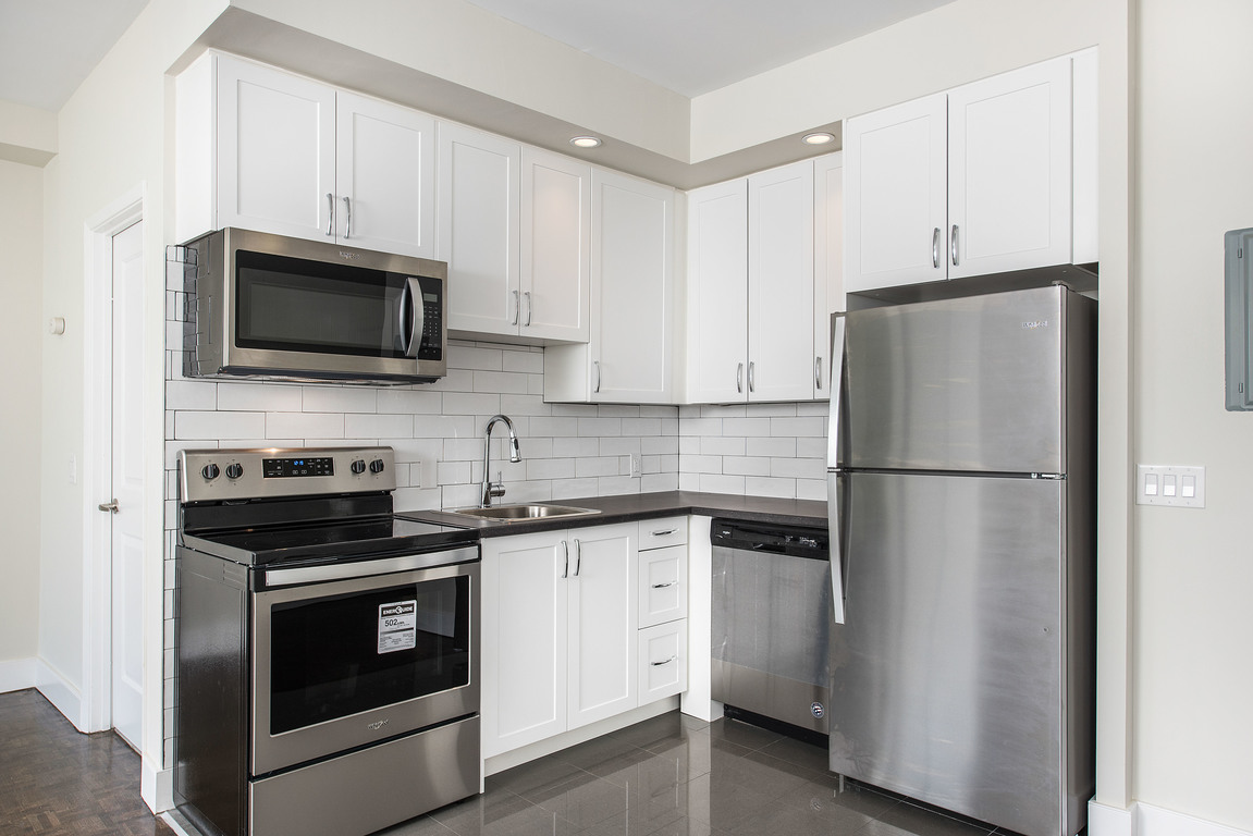 Scarborough Apartment for rent, click for more details...