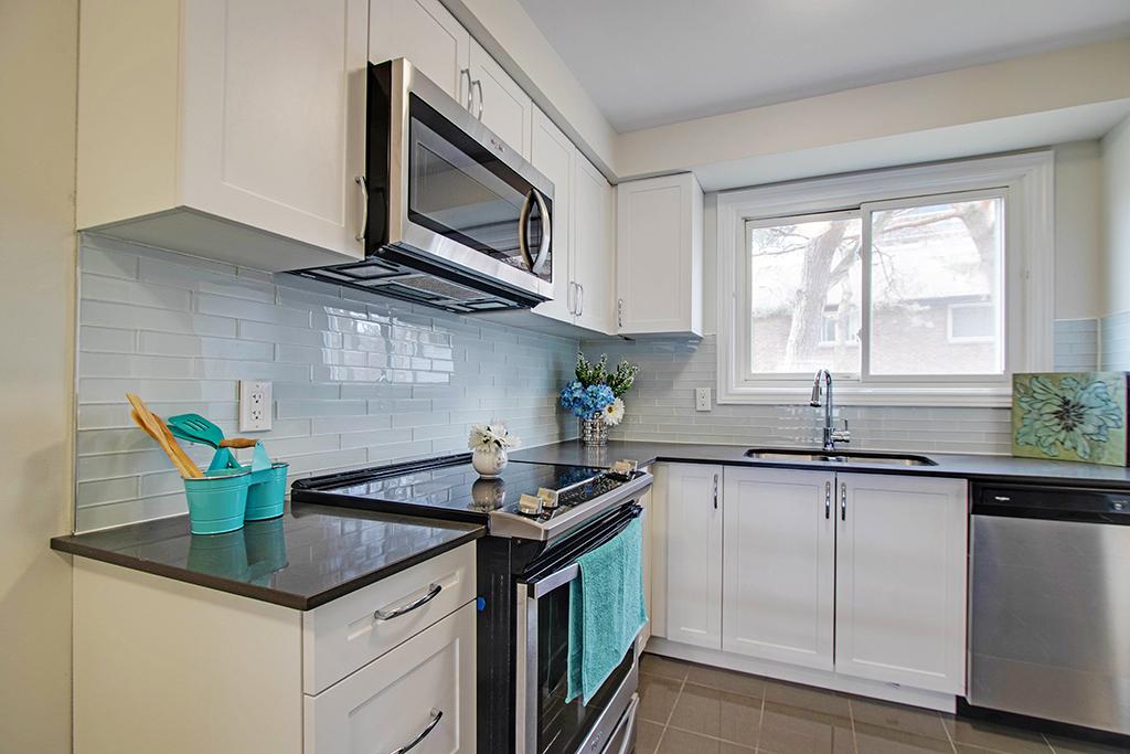 Burlington Townhouse for rent, click for more details...