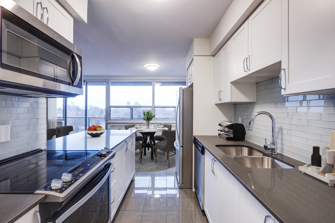 Bedford Apartment for rent, click for more details...