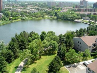 Home For Rent in  2700 Aquitaine Avenue, Mississauga, ON