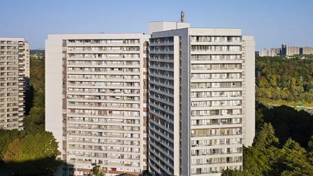 Apartment Building For Rent in  35 Thorncliffe Park Drive, Toronto, ON