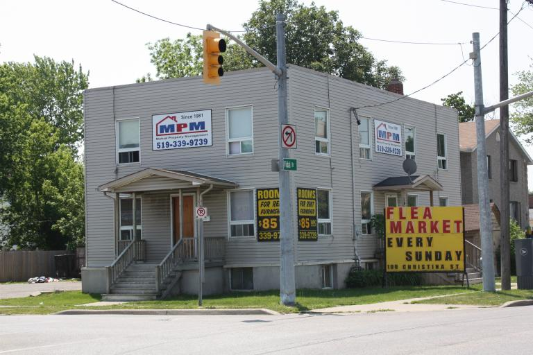 Rooms For Rent - 104 Vidal St S, Sarnia, ON