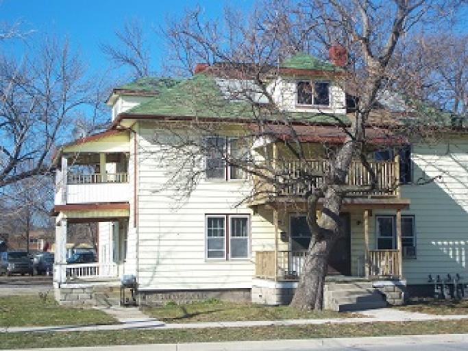 Homes For Rent - 214 Confederation St, Sarnia, ON