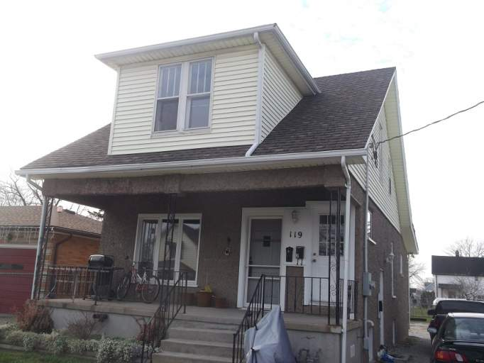 Townhouse For Rent - 119 Parker St, Sarnia, ON