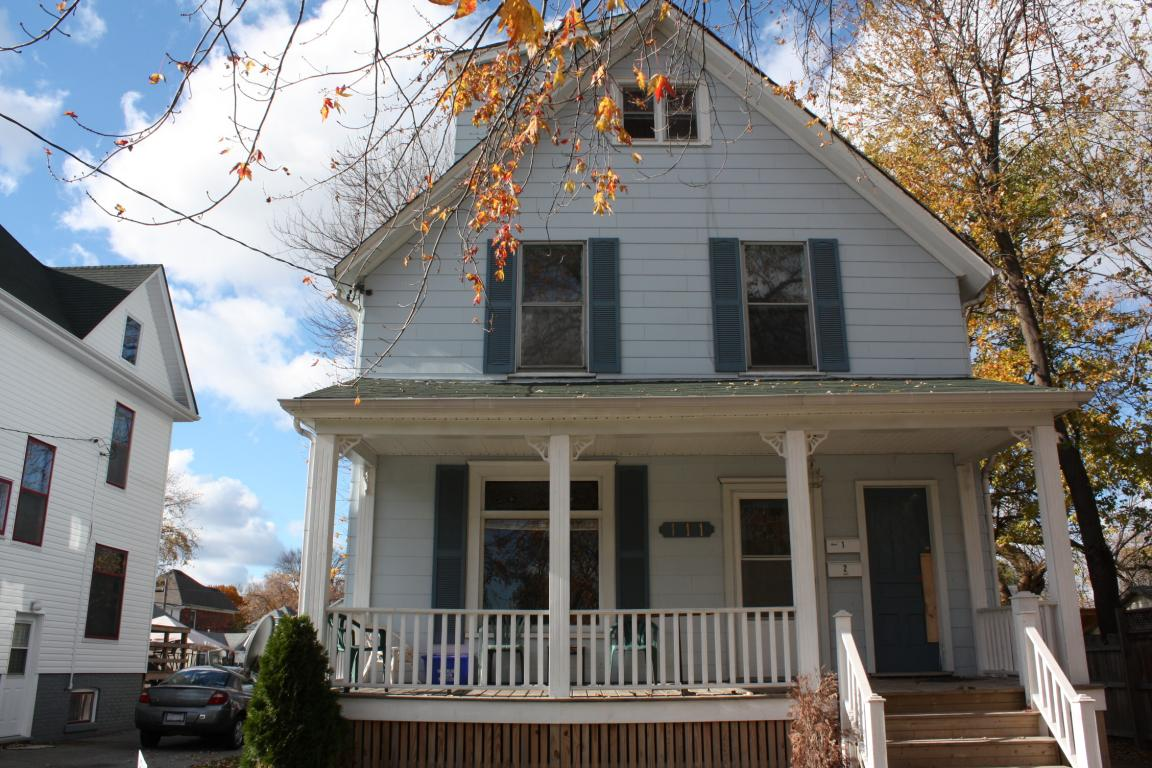 Apartments For Rent (Bachelor) - 111 Brock St S, Sarnia, ON