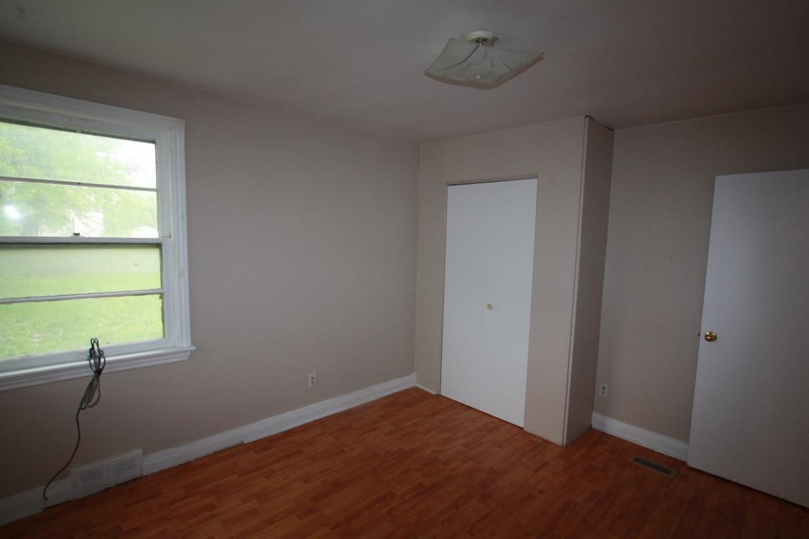 Apartments for Rent - 539 Confederation St, Sarnia, ON