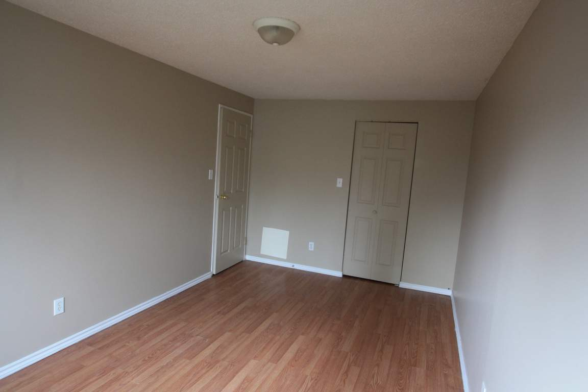 Townhouses For Rent (2 Bedroom) - 308 Vidal St, Sarnia, ON