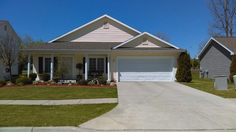 South Saginaw Homes