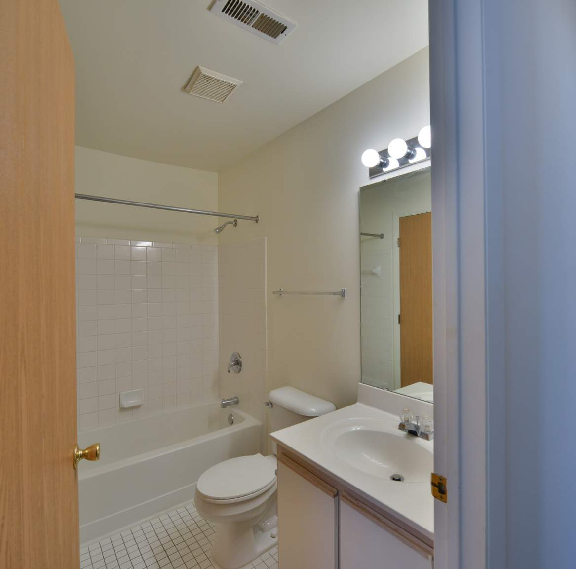 Sandhurst Apartments: Miller-Valentine Residential Property