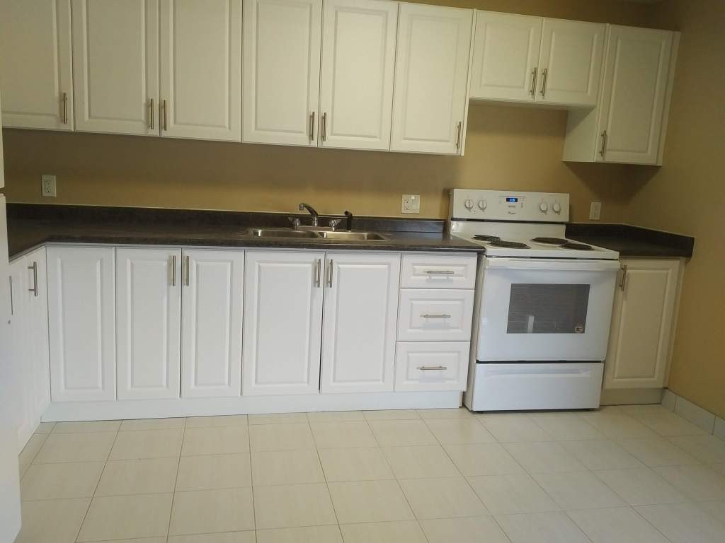 Aurora Apartment for rent, click for more details...