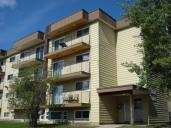 Nahanni Apartments