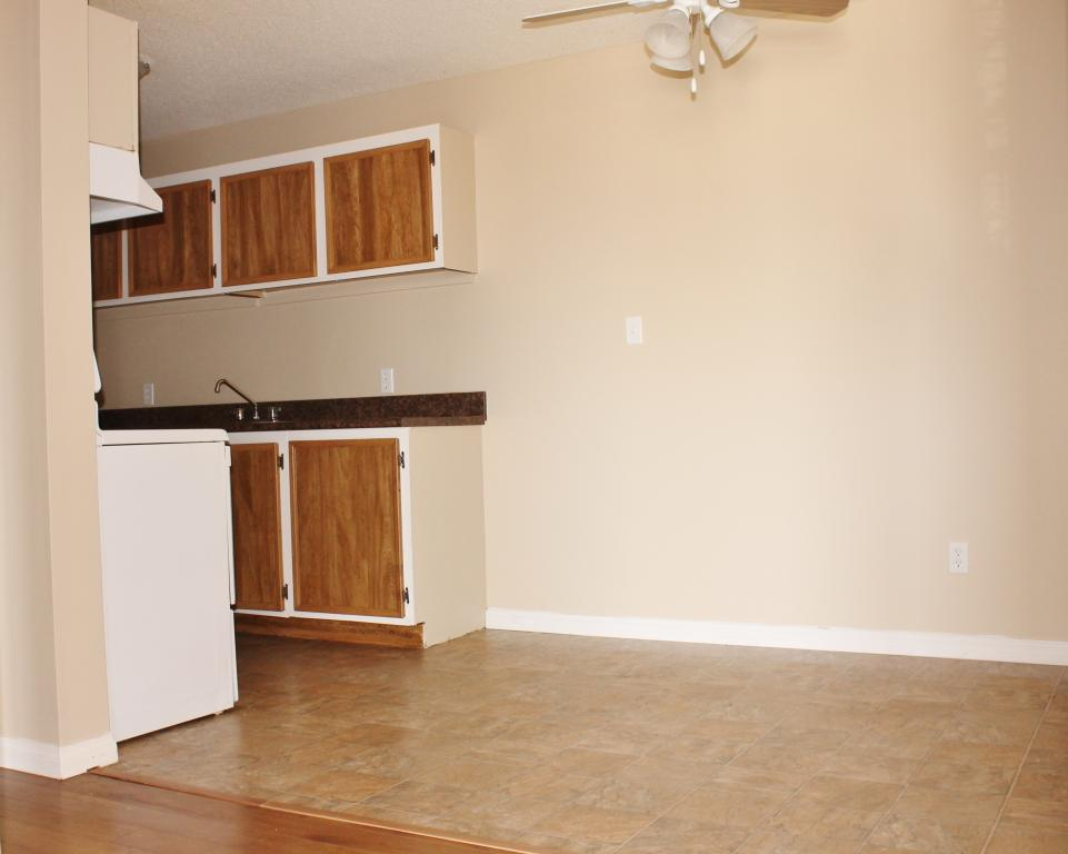 Dining nooks directly off kitchens