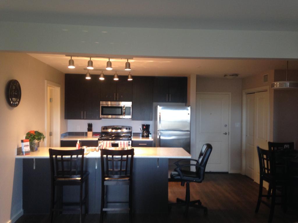 Kitchen with sit up breakfast bar