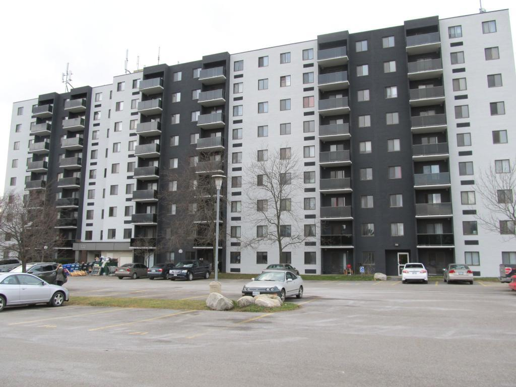 Kitchener West 2 bedroom Apartment